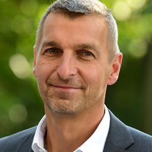 Prof. Dr. Peter E. Pfeffer