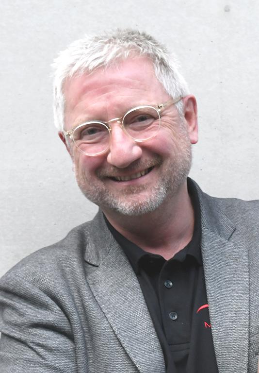 Prof. Dr. Stefan Sentpali